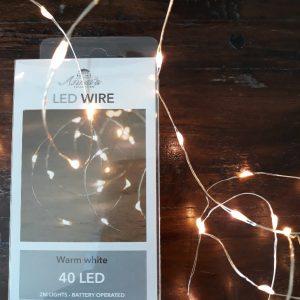 LED Lichtsnoer van Zilverkleurig draad - 2 meter - Warm white - LED Wire