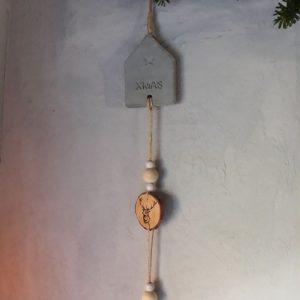 Kerstdecoratie – Betonnen huis en rendier – Kersthanger