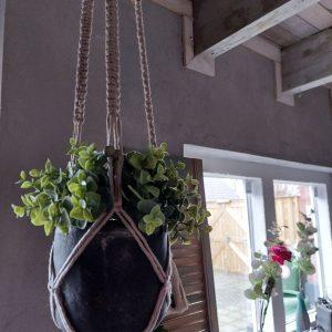 Macramé – Plantenhanger – Handgemaakt – Beige