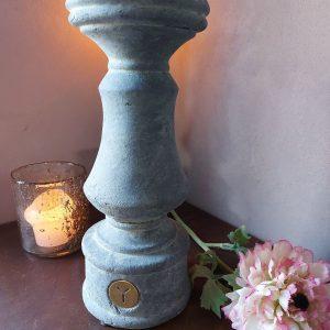 Kandelaar betonlook – Boost – Majestic Vintage – Brynxz