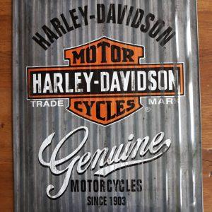 HARLEY-DAVIDSON – Genuine – Metalen wandbord met reliëf